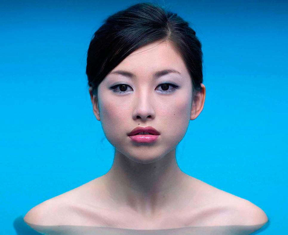 Chinese Pool Portrait (Zhu Zhu) - ROLAND FISCHER - RFI 0001